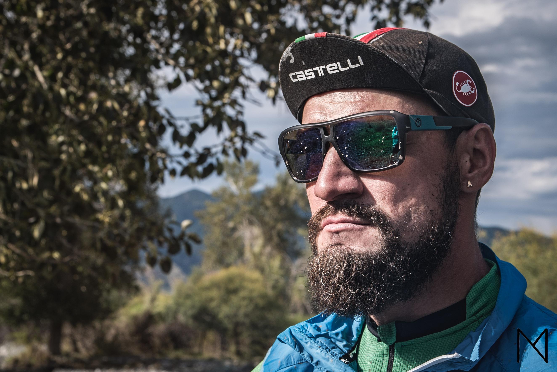 Алматинский блогер и путешественник устроил забег вдоль Каспия (ВИДЕО)